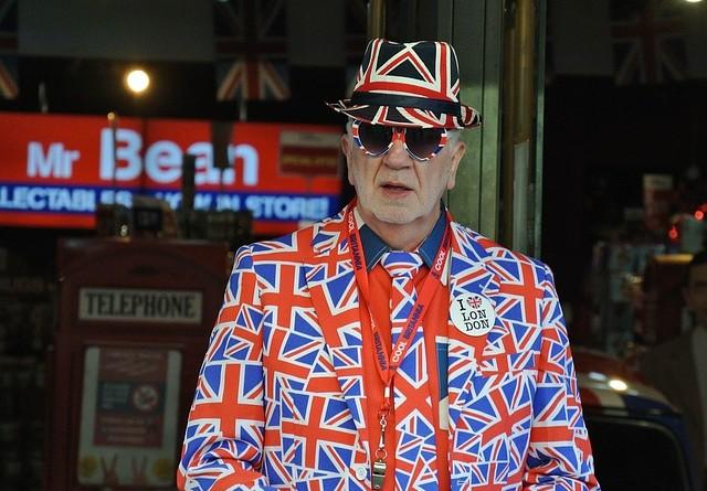 Kai svetimi kišasi į britų reikalus, ko laukti mums?