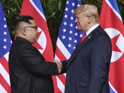 Kas slepiasi už istorinio JAV ir Šiaurės Korėjos lyderių susitikimo?